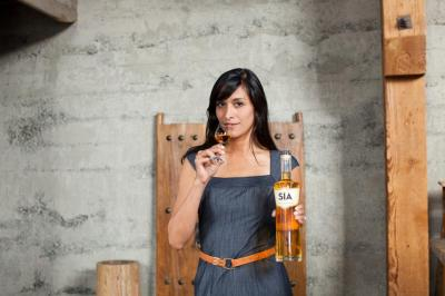 Carin Luna-Ostaseski with her SIA Scotch Whisky