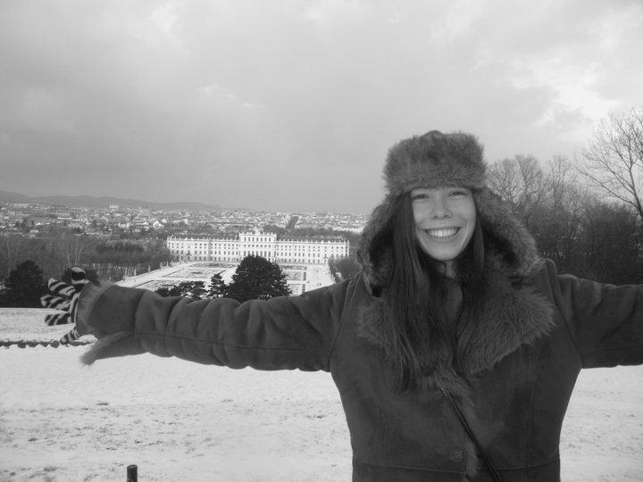 Me_Schonbrunn_Palace_2011