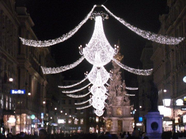 Vienna_Austria_Night_2011